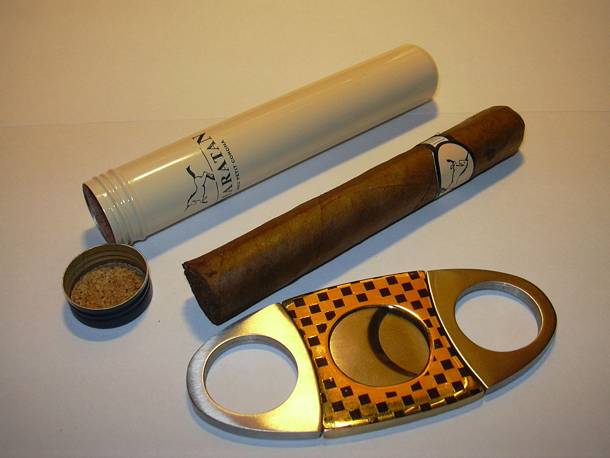 Cigar tube, cigar, cigar cutter